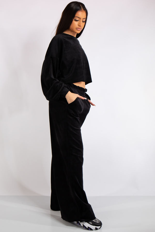 Evelyn Black Velour Cropped Loungewear Set